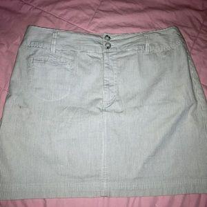 Stripped Mid-Thigh High-rise Skirt